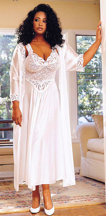 Plus Size Bridal Peignoir